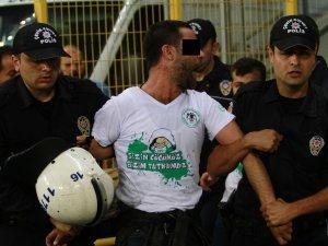 Bursa'da 2 Konyaspor taraftarı gözaltına alındı