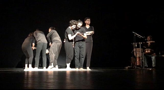 Filistinli tiyatrocular, İsrail işgalini anlatıyor