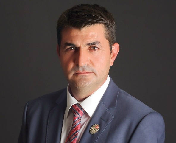 Mustafa Işık'a destekler büyüyor