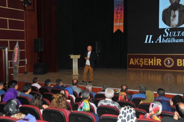 Talha Uğurluel, Akşehir'de
