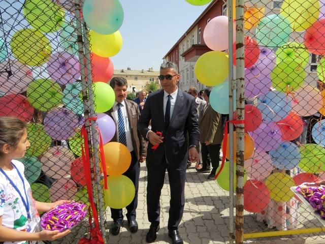 Ahırlı'da TÜBİTAK bilim fuarı açıldı