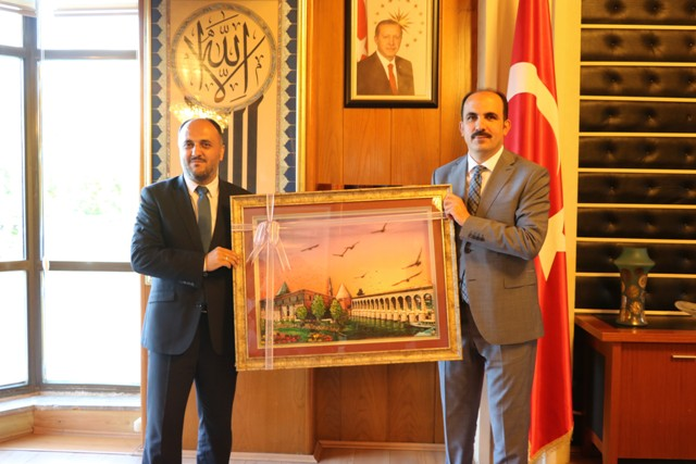 Özaltun'dan Başkan Altay'a ziyaret