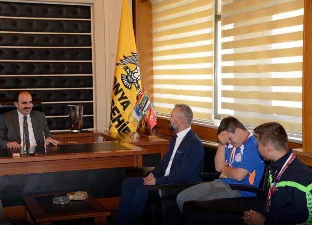 Özel Sporcular Başkan Altay'ı ziyaret etti