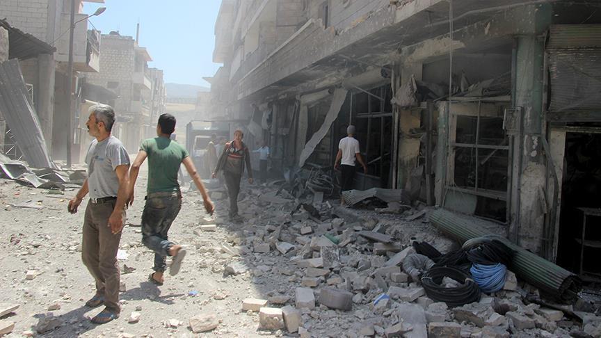 İdlib'de çocuk hastanesi ve yerleşimlere saldırı: 17 ölü