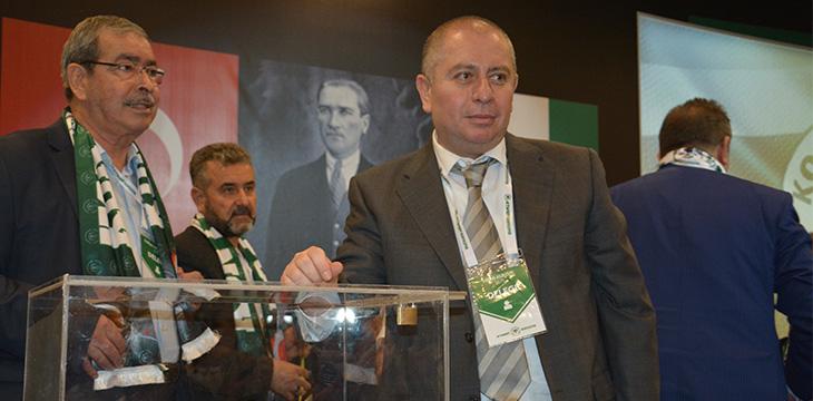 Konyaspor Başkanı Hilmi Kulluk'tan teşekkür