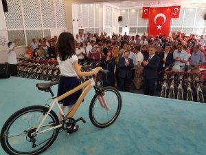 Ilgın'da bisiklet dağıtım töreni