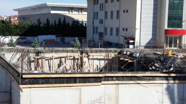 Konya'da Öğretmenevi İnşaatında Beton Kalıplar Çöktü