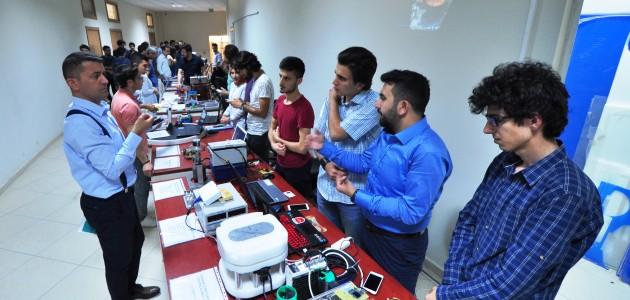 NEÜ mekatronik mühendisliği bölümü öğrencilerinden yıl sonu sergisi