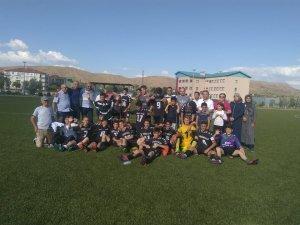 Kara Kartallar U 15 şampiyonluk için sahaya çıkacak