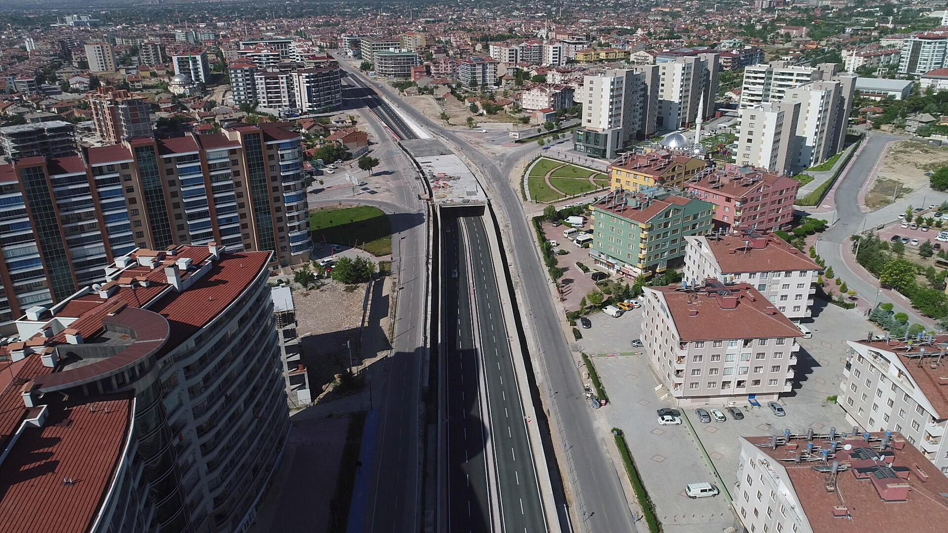 Konya'da 4 yeni köprülü kavşaktan da alttan geçiş verildi