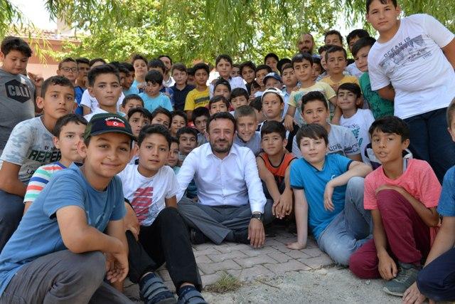 Kur'an kursu öğrencilerine özel piknik