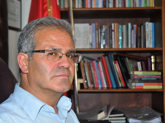 Pedagog Orhan aileleri uyardı