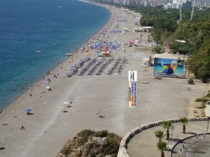 Antalya'da denize giren kişi boğuldu