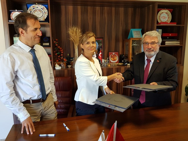 KGTÜ'de laboratuvar anlaşması