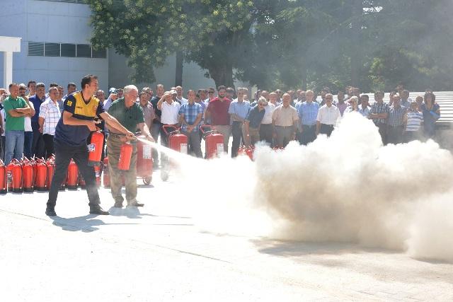 DSİ'de yangın eğitimi