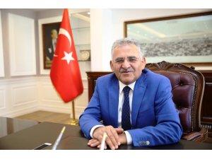 Başkan Büyükkılıç Dünya Şampiyonu Ali Doğan' ı tebrik etti
