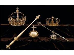 İsveç'te kraliyet tacı ve asası Katedral Müzesi'nden çalındı