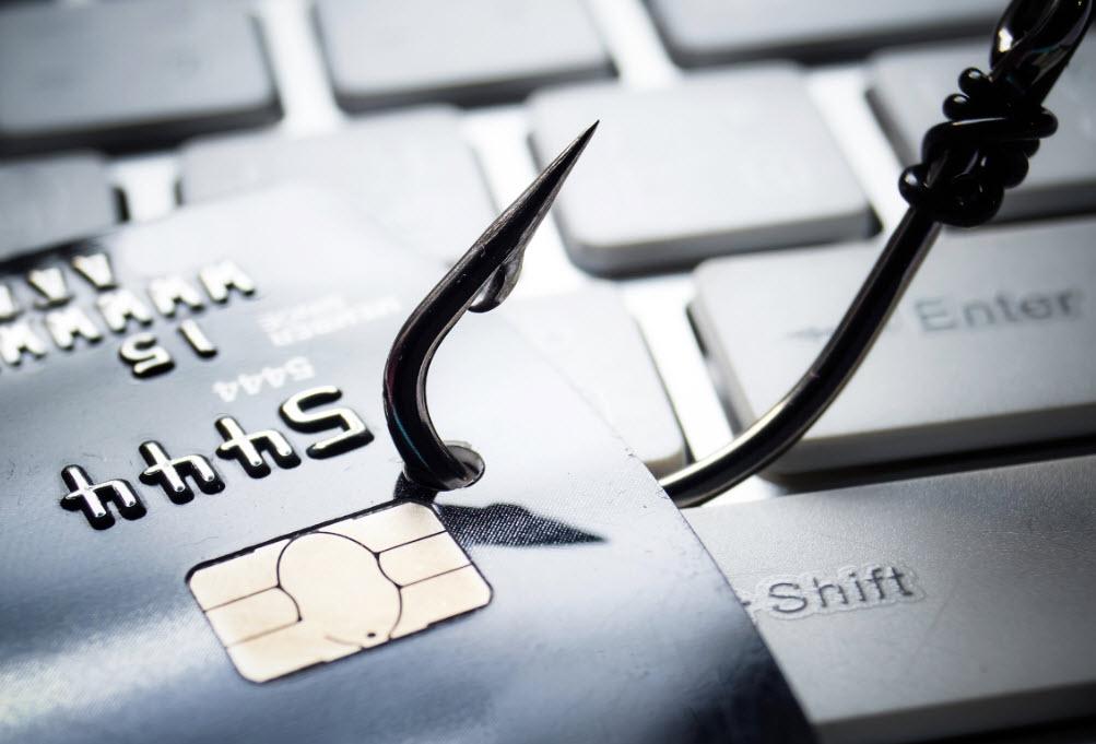 Hackerlar bankadan 2.4 milyon dolar çaldı!