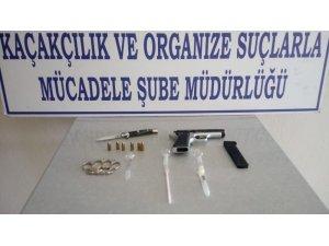 Polisten silah operasyonu: 1 gözaltı