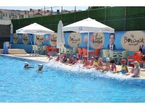 Bozüyük Belediyesi yaz spor okulları renkli görüntülere sahne oluyor