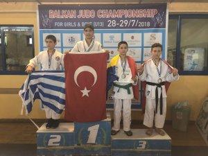 Minik Judocular Balkanlardan 6 madalya ile döndü