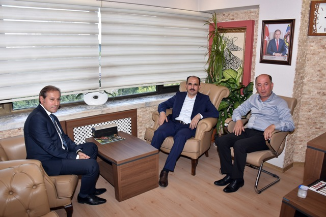 Başkan Altay, esnaf odalarının başkanlarını ziyaret etti