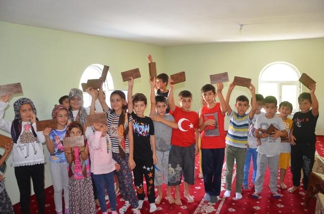 Ereğli Belediyesi'nden çocuklara hediye sürprizi