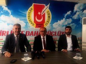 """MHP İl Başkanı Serkan Tok: """"Ekonomik sıkıntıları milli birlik ve milli ruh ile atlatacağız"""""""