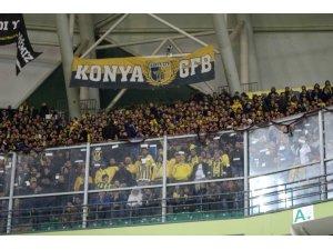 Fenerbahçeli taraftarlar Konyaspor maçı biletlerini  tüketti