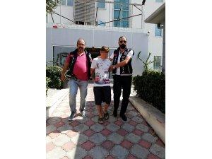 Antalya'da balkon hırsızları kaçamadı