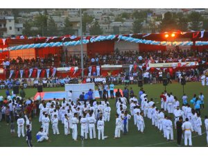 Eyyübiye Belediyesi, binlerce gençle spor şenliği düzenledi
