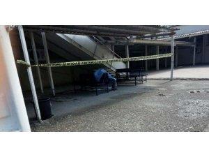 Hastane bahçesinde bank üzerinde ölü bulundu