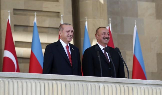 Cumhurbaşkanı Erdoğan'dan Bakü'de kardeşlik mesajı!