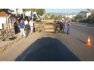 Didim'de patlayan su su borusu kazaya neden oldu