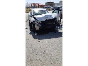 Ağrı'da kaza: 2 yaralı