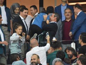 Ali Koç'a büyük ilgi