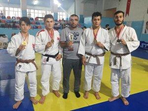 Selçuklu Judo'dan 4 madalya