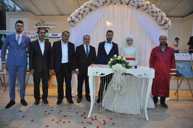 Amine ve Abdullah mutluluğa imza attı