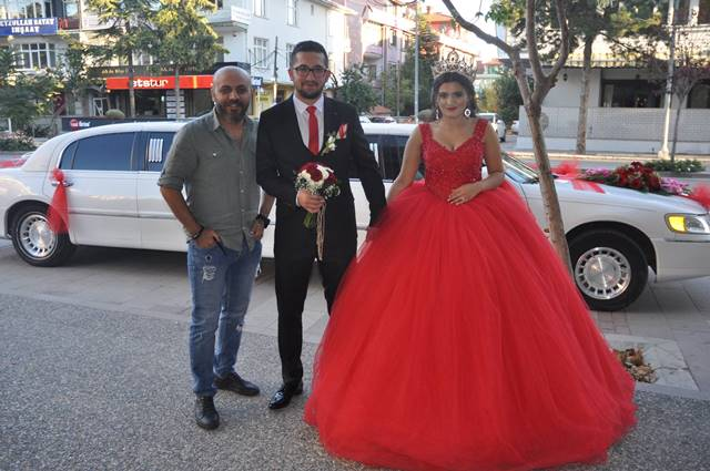 Merve ile Talha nişanlandılar