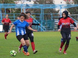 Kadınlar futbolda Konya 2 takımla temsil edilecek
