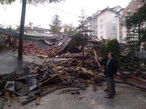 Halk Eğitim Merkezi binası yıkılıyor