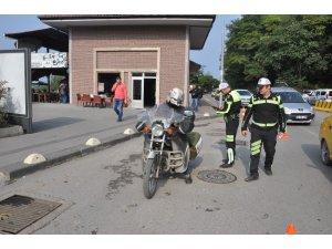 Trafik ekiplerinden emniyet kemeri ve abartı egzoz denetimi