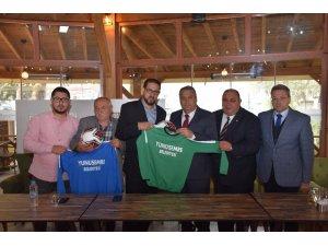 Yunusemre'den amatör spor kulüplerine malzeme desteği