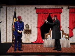 Konya Şehir Tiyatrosu perdelerini Sultan Abdülhamit'le açtı