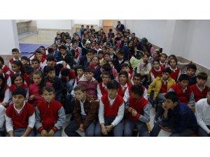 Beyşehir'de öğrencilere eğitim semineri