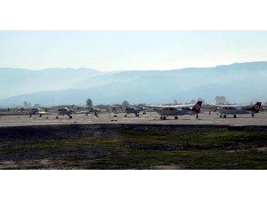 Düşen uçaktaki cenazeler Karacasu'ya getirildi