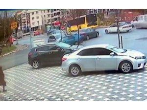 (Öçel) İki otomobil çarpıştı: 2 yaralı