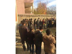 Van'da 138 kaçak şahıs yakalandı