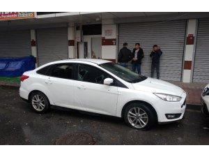 Başakşehir'de araç parkı yüzünden silahlı kavga çıktı: 1 yaralı