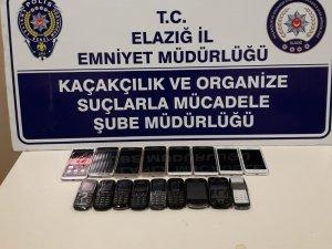 Elazığ'da 17 adet kaçak telefon ele geçirildi